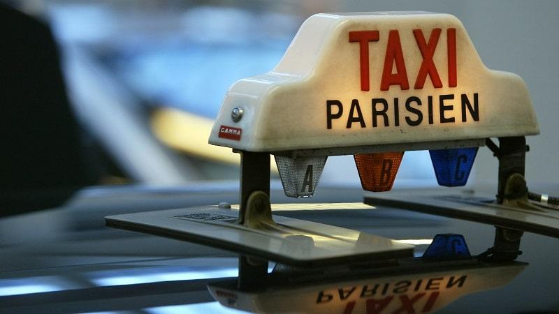 Comment payer un taxi à Paris