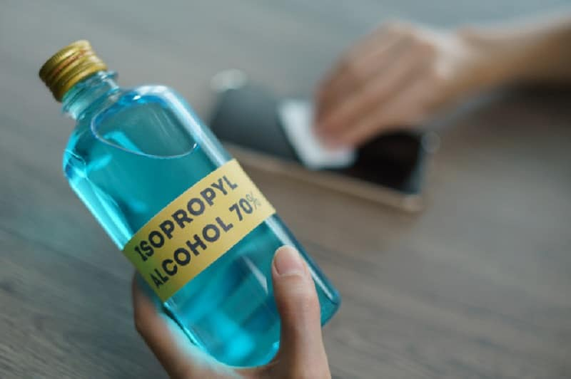 Qu'est-ce que l'alcool isopropylique à 70